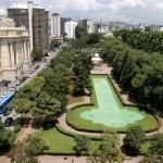 Praça da LIberdade.  Local: Belo Horizonte Data: 09-03-05 Foto: Lúcia Sebe/Imprensa MG